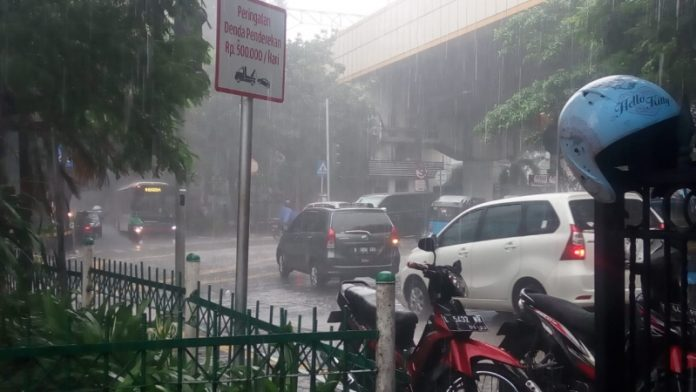 BMKG : DKI Berpotensi Hujan Di Malam Pergantian Tahun Baru